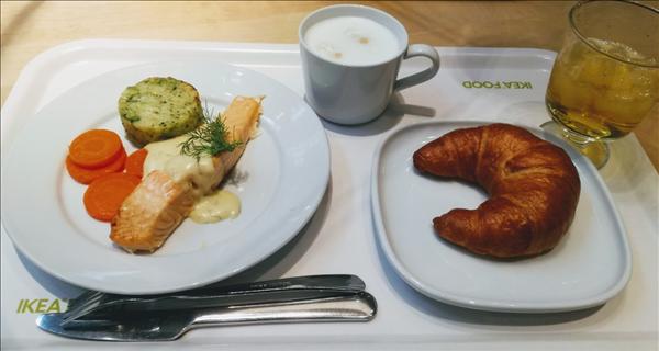 IKEA,イケア,レストラン,サーモンフィレ,おすすめ