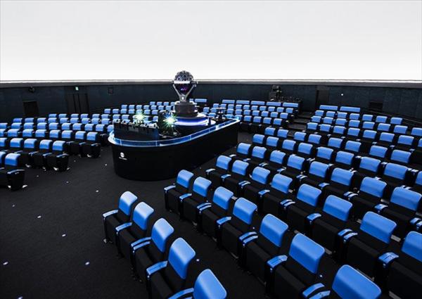 福岡市科学館プラネタリウムの座席数